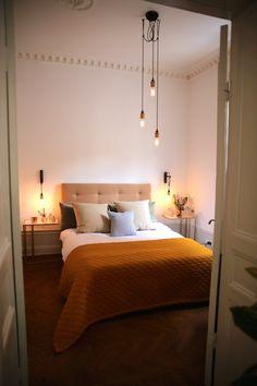 47 Smart Diy Dorm Room Decoration Ideas – We seek happiness Diy Bed Headboard, Headboards For Beds, Interior Design Themes, Diy Interior, Elle Decor, European Home Decor, Cool Beds, Beautiful Bedrooms, Decoration