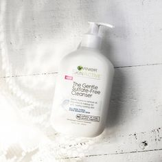 "917 aprecieri, 17 comentarii - GarnierUSA (@garnierusa) pe Instagram: ""Sensitive skin, meet your new favorite gentle cleanser  #sulfatefree #parabenfree #fragrancefree…"""