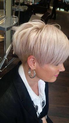 - New Site - Kurzhaarschnitte - Short Pixie Haircuts, Cute Hairstyles For Short Hair, Short Hair Cuts For Women, Straight Hairstyles, Short Hair Styles, Pixie Hairstyles, Curly Hairstyles, Wedding Hairstyles, Fine Hair