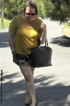 Trendy Curvy - Plus Size Fashion BlogTrendy Curvy Short H&M palmeras summer 2016 talla grande @Dee. LOOKS CASUALS. #loslooksdemiarmario #verano #summer #lookverano #short #palmeras #look #lookverano #lookcasual #lookschic #tallagrande #curvy #plussize #curve #fashion #blogger #madrid #bloggercurvy #personalshopper #curvygirl #primark #mostaza #moustard