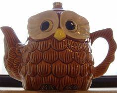 My Owl Barn: Collection: Owl Teapots Teapot Cookies, Teapot Design, Cute Teapot, Wood Owls, Face Mug, Tea Art, Tea Service, Chocolate Pots, Tea Time