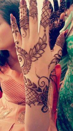 Henna Hand Designs, Mehndi Designs Finger, Mehndi Designs For Girls, Mehndi Designs 2018, Mehndi Designs For Fingers, Stylish Mehndi Designs, Mehndi Design Pictures, Arabic Mehndi Designs, Beautiful Mehndi Design