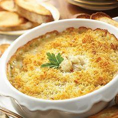 Creamy Artichoke, Crab and Brie Dip @keyingredient #bread