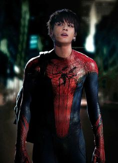 The first official photo of Andrew Garfield in Spider-Man costume has been released. Spider-Man is directed by Marc Webb and stars Andrew Garfield, Marvel Dc, Marvel Comics, Man Movies, Good Movies, I Movie, Movie Photo, Spider Man 2, Gwen Stacy, Spideypool