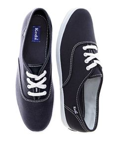 Cleaning canvas shoes (Keds/Toms)
