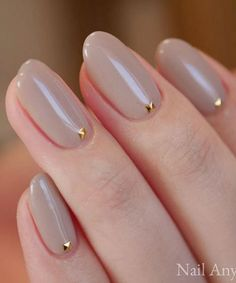 Most Alluring Wedding Nail Art Designs to Look Hot - Nails Tip Gold Nails, Matte Nails, Glitter Nails, Fun Nails, Matte Makeup, Gold Nail Art, Glitter Art, Chrome Nails, Airbrush Makeup