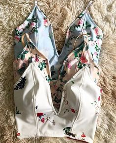 Cropped que amamos!!! #NEWS Casual Outfits, Cute Outfits, Fashion Outfits, Womens Fashion, Warm Weather Outfits, Outfit Goals, Dress Codes, Types Of Fashion Styles, Blouse Designs