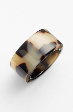 A luminous, subtly varied finish calls attention to a modern, minimalist statement ring. Jewelry Box, Jewelry Rings, Jewelry Watches, Jewelry Accessories, Fashion Accessories, Jewelry Design, Fashion Jewelry, Jewelry Ideas, Jewlery