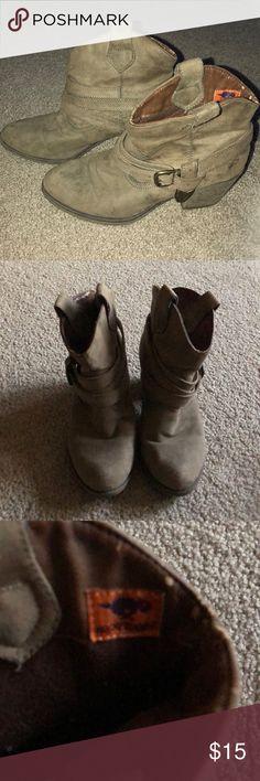 Rocket Dog ankle boots Ladies Rocketdog ankle boots. Good condition. Rocket Dog Shoes Ankle Boots & Booties