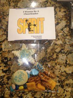 cheerleading snack Cheerleading Snacks, School Lockers, Cheer Dance, School Ideas, Fun, Crafts, Spirit, Manualidades, Handmade Crafts
