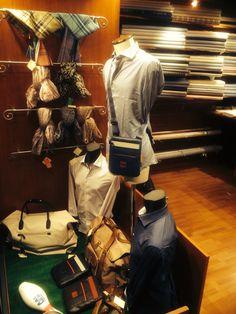 Compagnia dei Colletti. Bespoke shirting in Rome. Display