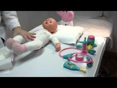Baby doll goes to the doctor- Peppa kit Cute Little Baby, Little Babies, Doll Videos, Gotz Dolls, Business For Kids, Baby Dolls, Have Fun, Barbie, Kit