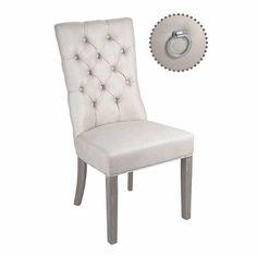 Flyttesalg!  nå kun 1690kr (før 2590) . kun 8 igjen. !  Queen spisestol: En elegant spisestuestol med høy rygg som gir god sittekomfort i nydelig lys sand lin farge.  En fin kraftig metallring i sølv bak på stolryggen.  Queen spisestol: En elegant spisestuestol med høy rygg som gir god sittekomfort i nydelig lys sand lin farge.  En fin kraftig metallring i sølv bak på stolryggen.  #spisestuestol #classicliving