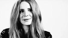 Lana politely laughing at your unfunny joke: | Community Post: 23 GIFs Of Lana Del Rey Doing Something Really Slowly