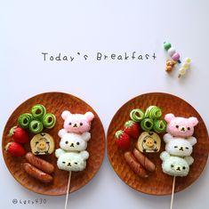 Rilakkumar & friends breakfast by Japanese Food Art, Japanese Sweets, Bento Recipes, Baby Food Recipes, Bento Kids, Cute Bento Boxes, Kawaii Bento, Creative Food Art, Kids Menu