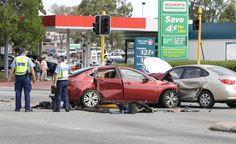 Taxi-Serious crash in Kelmscott