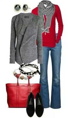 Love the sweater. And red & gray is a fav combo! Buso gris