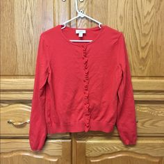 Sweater A warm Long sleeved sweater. Has a soft touch. In very good condition. LOFT Sweaters Cardigans
