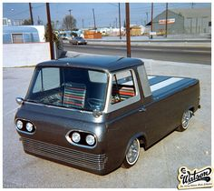 Larry's 1961 Econoline pick-up