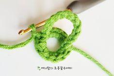 [공개도안]예늬맘의 창작 초롱꽃수세미 <VERSION 2>를 다시 오픈합니다~^^ : 네이버 블로그 Freeform Crochet, Knit Crochet, Animal Bag, Kids Bags, Crochet Accessories, Crochet For Kids, Friendship Bracelets, Free Pattern, Crochet Patterns