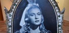 Výsledek obrázku pro princezny z pohádek Film, Movie, Films, Film Stock, Film Books, Movies