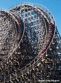 Hershey Park - Hershey PA I want to go for the chocolate park...mmmmm......