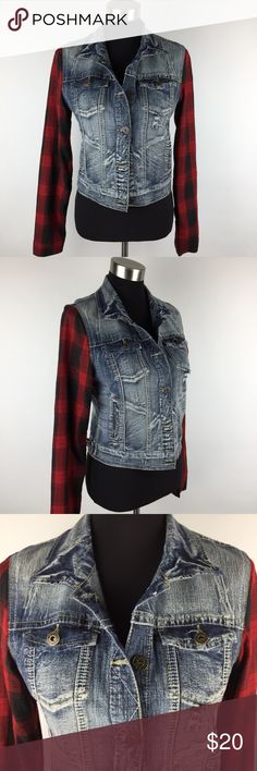 Bongo Plaid Sleeve Denim Jacket Large This is a Stretch Denim Jacket with cloth plaid sleeves made by Bongo in size large.  Bongo follows juniors sizes.   It is in perfect condition. BONGO Jackets & Coats Jean Jackets