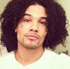 All those curls