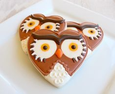 heart-shaped owl 'who' who-loves-yuh cookies for Valentines Day! - lol