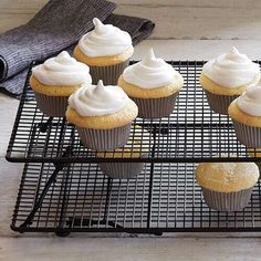 Shop The Pampered Chef Stackable Cooling Rack Set and other top kitchen products. Explore new recipes, get cooking ideas, and discover the chef in you today! Biscochito Recipe, Pampered Chef Party, Brownie Pan, Cooling Racks, No Bake Treats, White Chocolate Chips, Baking Pans, Baking Tools, Freshly Baked