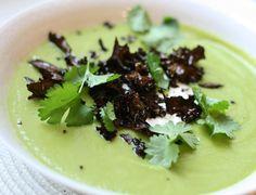 Grön ärtsoppa med avokado - undertian.com