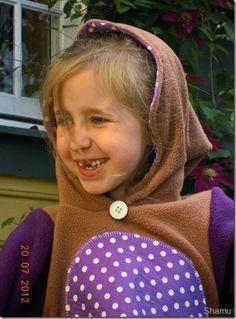 alvehette, elf, tunika, tuniq, sew, sewed, sydd, sy, søm, barneklær, klær, barnemote