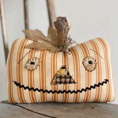 Halloween Home Decor, Halloween House, Fall Halloween, Halloween Crafts, Halloween Decorations, Halloween Pillows, Fabric Pumpkins, Fall Pumpkins, Wood Pumpkins
