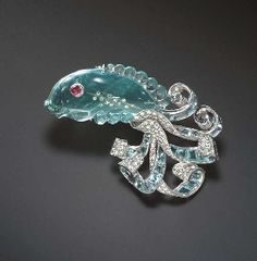 AQUAMARINE, DIAMOND AND RUBY BROOCH