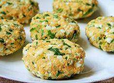 Kotleciki jajeczne z rukolą - przepis ze Smaker.pl Salmon Burgers, Ethnic Recipes, Food, Diet, Essen, Meals, Yemek, Eten
