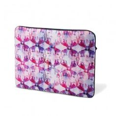 Pink Hues Laptop Sleeve : This computer laptop sleeve sees water colour inspired print all set in a background, that's a perfect play of the colour pink.