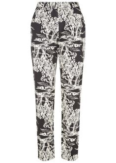 Cigarette trouser with tree print in certified 100% organic cotton. Front and rear pockets. Inside leg 75cm.