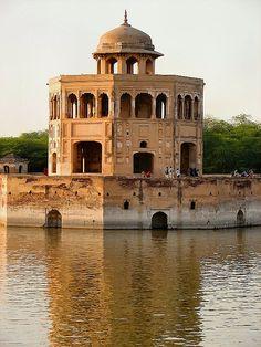 Hiran Minar - Lahore, Pakistan
