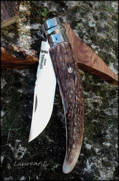 Opinel - Пользовательские - Дерево: Апрель 2014 Best Pocket Knife, Folding Pocket Knife, Folding Knives, Opinel Knife, Blacksmithing Knives, Knife Sharpening, Custom Knives, Knives And Swords, Knife Making