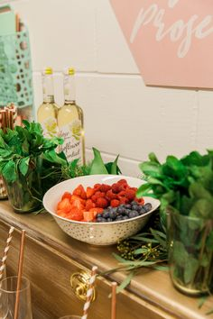 Pimp your prosecco bar at the B.LOVED Hive Launch Party #hivehousewarming