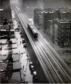 "Manhattan's ""El"" train, on the Avenue line, via LIFE magazine, Apr. Photo by Andreas Feininger. Vintage New York, Studio 54, Urban Photography, Vintage Photography, Old Pictures, Old Photos, New York City, Trains, Nyc Subway"