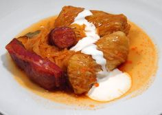 Foods that you definitely have to try if you are in Hungary - Cuisine Guide Hungarian Cuisine, Hungarian Recipes, Hungarian Food, International Recipes, Soups And Stews, Slow Cooker, Main Dishes, Bacon, Sausage