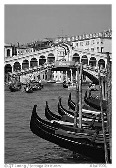 black and white italy pictures | Black and White Picture/Photo: Gondolas and Rialto Bridge. Venice ...