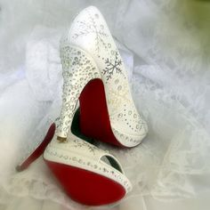 OMGGG neeeeeddddd!!!!!! Wedding Shoes snowflakes  Winter Wedding Red Soles. $295.00, via Etsy.