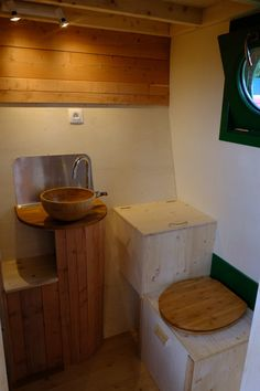This is the Ty Bombadil Tiny House on Wheels by French tiny home builder, Ty Rodou. As you can see below, it's outfitted with an additional deck to give Tiny House Bretagne, Beautiful Home Designs, Beautiful Homes, Tiny Bath, Tiny House On Wheels, Home Builders, Tiny Homes, House Design, Kitchen