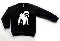 Poodle Kids Sweatshirt, Standard Poodle Gifts, Kids Clothes With Dogs, Poodle Owner Gifts, Poodle Dog Lover Gift, Personalised Kids Clothes by MONOFACESoCHILDREN on Etsy Hipster Kid, Baby Swag, Toddler Girl Outfits, Dog Lover Gifts, Poodle, Graphic Sweatshirt, Trending Outfits, Marilyn Monroe, Sweatshirts