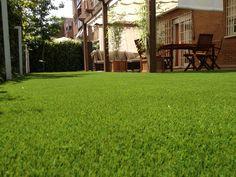 http://www.quejardines.com  Césped artificial en nuestra  terraza instalado en Madrid
