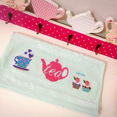 Cross stitch tea,cupcake towel