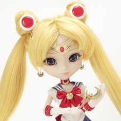 Sailor Moon Pullip Doll with mini Luna plush cat at Premium Bandai.  Animejems is in love!  <3 <3 <3  #sailormoon  #pullip  #sailormoondoll  #doll