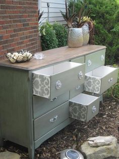 Beaaautiful DIY dresser makeover, from Hot Moms Club Fb page.